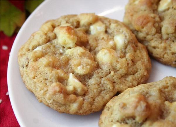 Fehér-csokis-cookie-recept